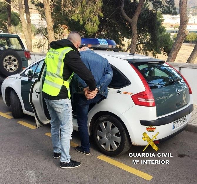 La Guardia Civil detiene a dos personas por un delito de hurto de motores eléctricos en Alcora