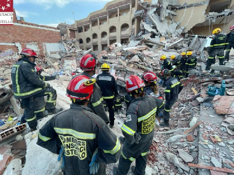 Encuentran el cuerpo sin vida de la mujer buscada entre los escombros del edificio derrumbado en Peñíscola