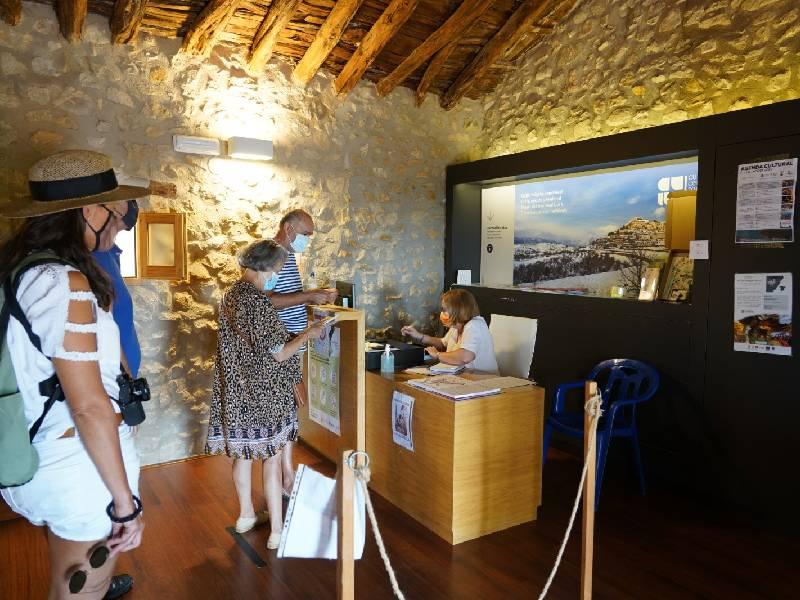 Las «visitas mágicas» a Culla cuentan con el valor añadido de la Oficina de Turismo