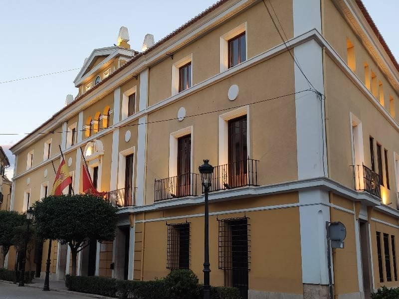 El Ayuntamiento de Segorbe concede 6.300 euros en ayudas al transporte escolar