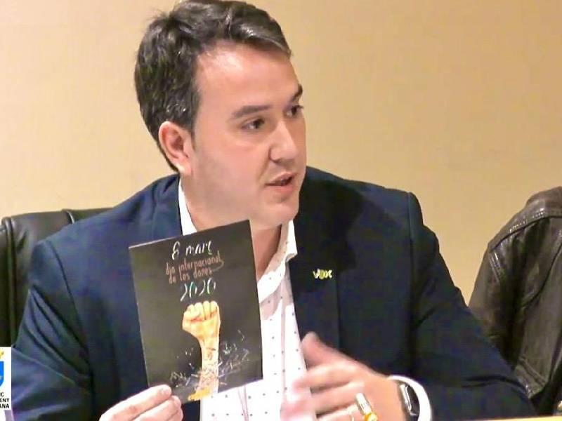 VOX Burriana exige una educación libre de imposiciones ideológicas