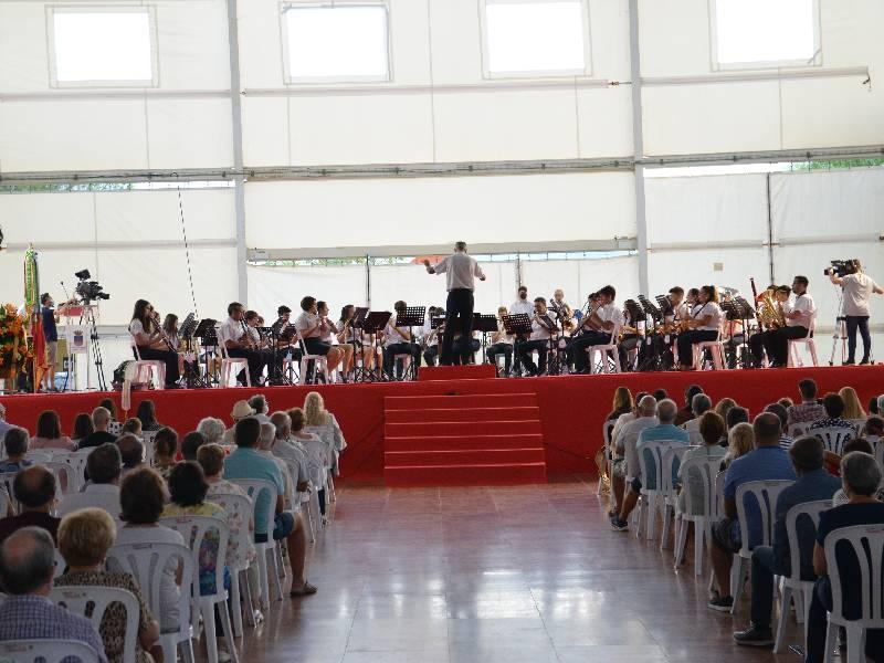 La Unió Musical d'Orpesa pone la banda sonora al inicio de las fiestas patronales