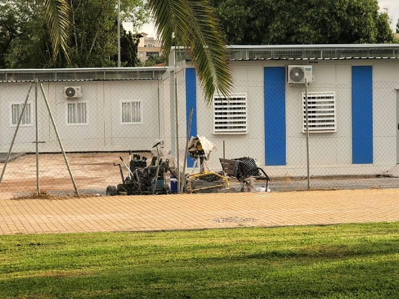 El PP denuncia el fracaso del Pla Edificant mientras 700 niños comienzan el curso en barracones