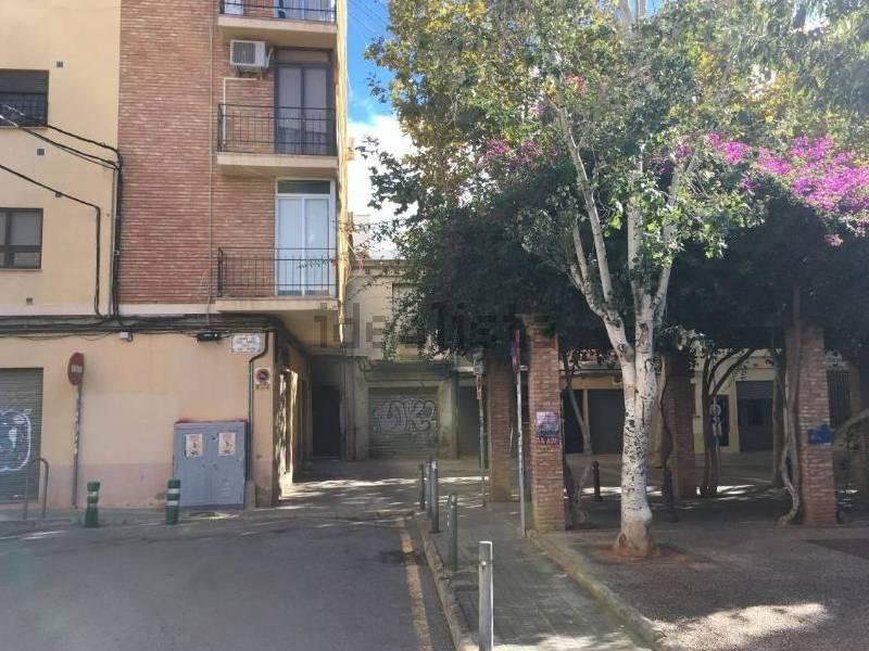 La Policía Local de Castellón identifica al presunto autor de unas amenazas con un arma de juguete ocurridas en la plaza Isabel La Católica