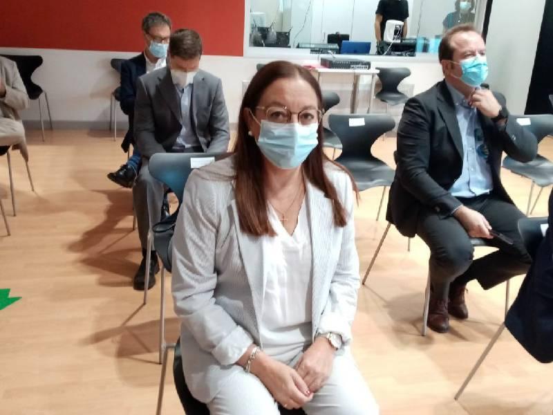 Llanos Massó asiste a la presentación de la Fundación de la Comunidad Valenciana de Investigación de Excelencia