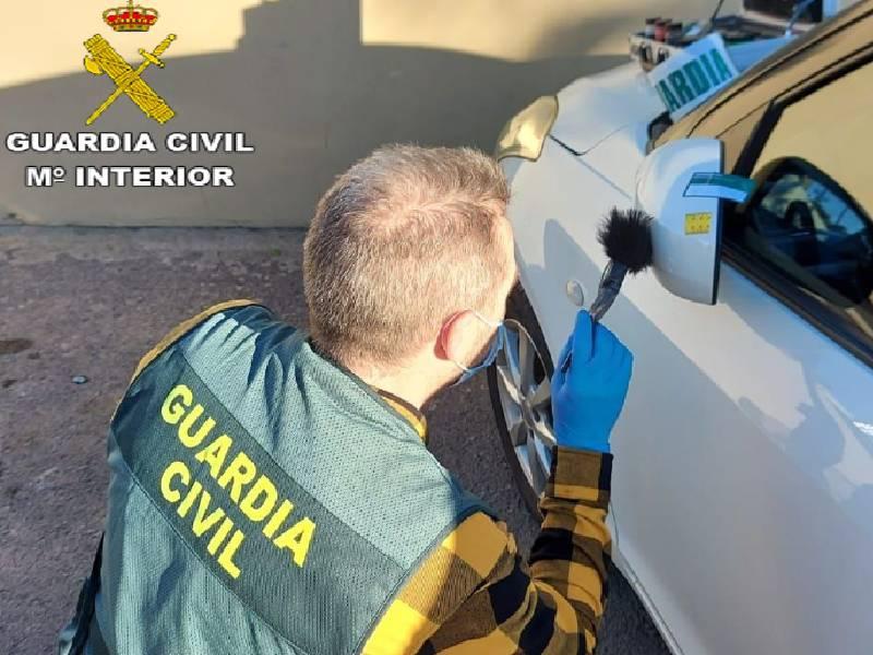 La Guardia Civil detiene a dos personas en Bétera por el robo de dos vehículos de alta gama en La Pobla de Farnals y Grao de Castellón