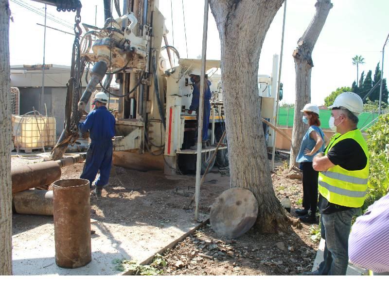 El Ayuntamiento de Burriana inicia las obras para construir un pozo de agua potable en Santa Bárbara