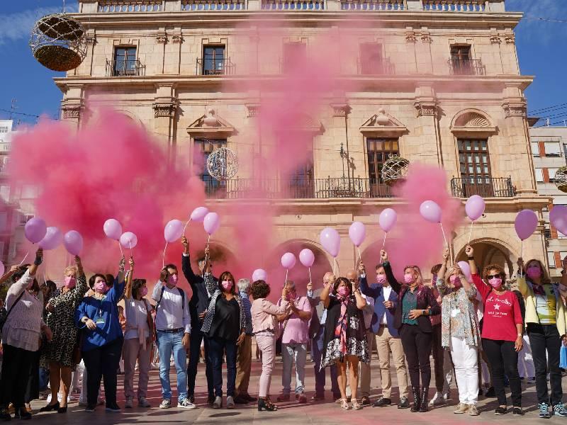 La AECC conmemoran el Día Mundial contra el Cáncer de Mama