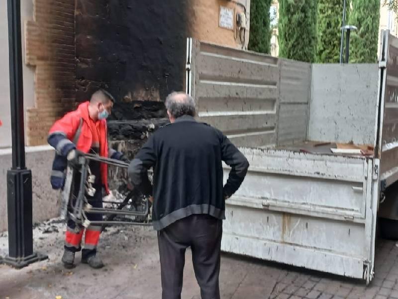 Prenden fuego a la fachada de la iglesia de San Vicente Ferrer en Castellón